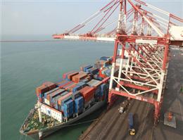 لزوم توجه سازمان بنادر به جداول تاخیر پهلودهی کشتی ها