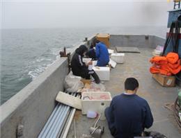 ورود کشتی اسیدکاری به آب های کشور