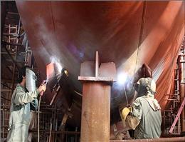 ساخت بزرگترین کشتی کاتاماران فایبر گلاس درکیش