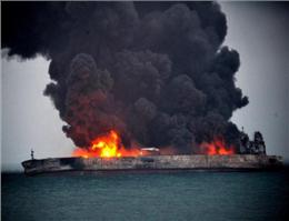 کشتی سانچی غرق دود و آتش