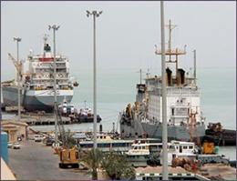 پهلو گیری 27 فروند کشتی در بندر آستارا