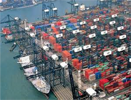 Container throughput in Hong Kong port slides further