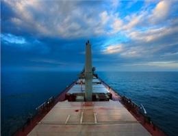 چین شناورهای حمل فله را اوراق میكند