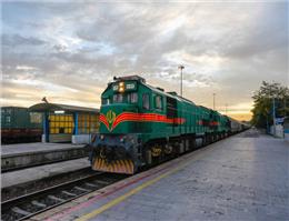 راه اندازی قطار مستقیم بندر ماهشهر – مشهد