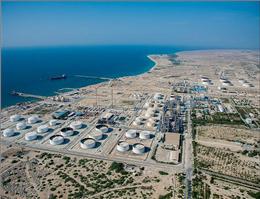 بازدید استاندار هرمزگان از تاسیسات نفتی و اسکله صیادی لاوان