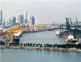 Singapore Port Handles Reduced Box Volumes