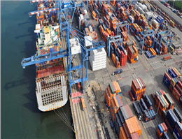 Container volumes fall in  Latin American
