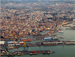 Livorno opens tender for deepwater box terminal project