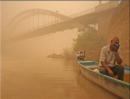 طوفان گرد و خاک، زندگی در سواحل خوزستان را فلج کرد