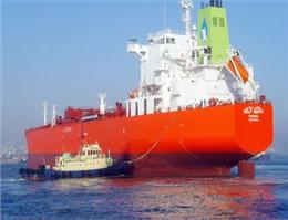 سود 123 درصدی شرکت نفتکش امارات