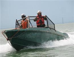 انجام 400 گشت ساحلی در آبهای گلستان