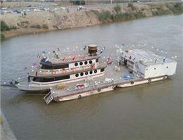 توقف فعالیت کشتی گردشگری سوزیانا در ساحل کارون