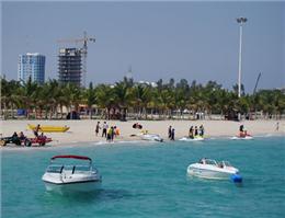 رشد 10 درصدی گردشگری کیش در نوروز امسال/ استقبال چشمگیر مسافران نوروزی از هتل دریایی ترنج