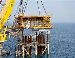 سکوی فاز 16 پارس جنوبی در خلیج فارس نصب شد