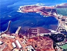 طوفان فعالیت بندر آلن هاوایی را مختل کرد