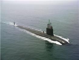 زیر دریایی و کشتی های مجهز،به کمک آمدند
