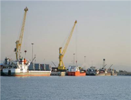 ارتش لیبی دو بندرگاه نفتی را در اختیار گرفت